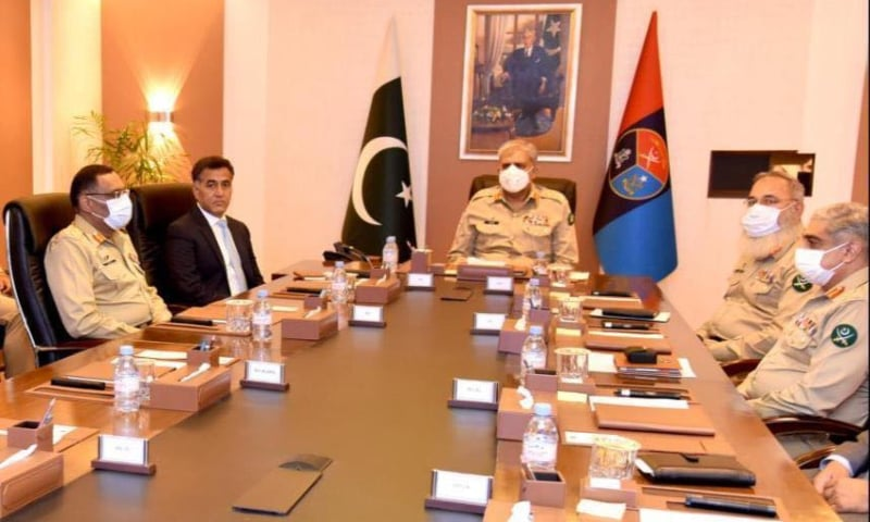 Army Chief Gen Qamar Javed Bajwa attends a briefing at the ISI headquarters. — Photo courtesy: ISPR