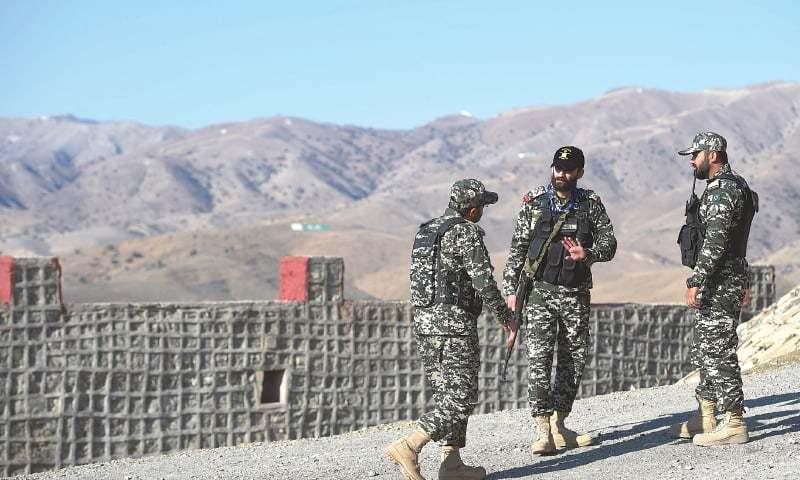 پاکستان نے افغان سرحد پر 'غیر قانونی باڑ' لگانے کے الزامات مسترد کردیے
