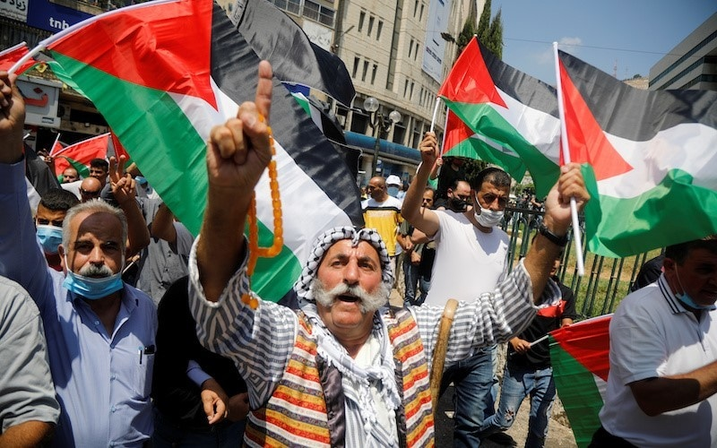 Silence from Saudi Arabia as UAE hails Israel accord