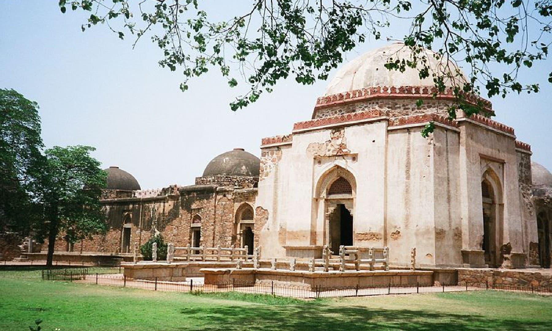 فیروز شاہ تغلق کا مقبرہ