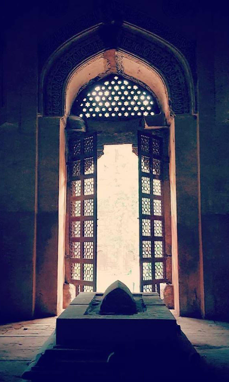 فیروز شاہ تغلق کی قبر
