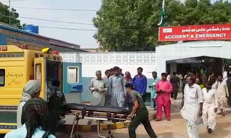 ٹھٹہ: کینجھر جھیل میں کشتی الٹنے سے ایک ہی خاندان کی 10 خواتین، بچے جاں بحق