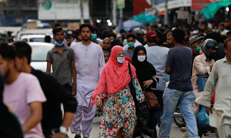 پاکستان میں کورونا کے 627 نئے کیسز، 12 اموات کی تصدیق