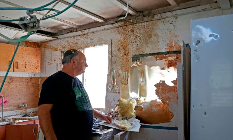 Israel bombs Gaza, tightens blockade - Newspaper - DAWN.COM Rockets Gaza Strip Israel