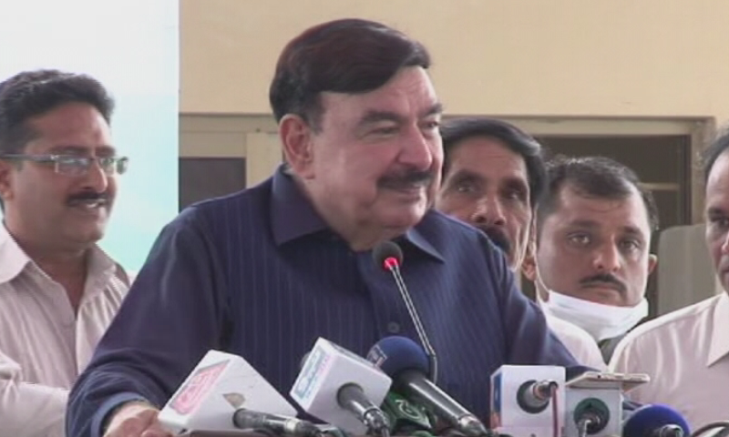 Courts will be moved to get Nawaz declared absconder: Rashid