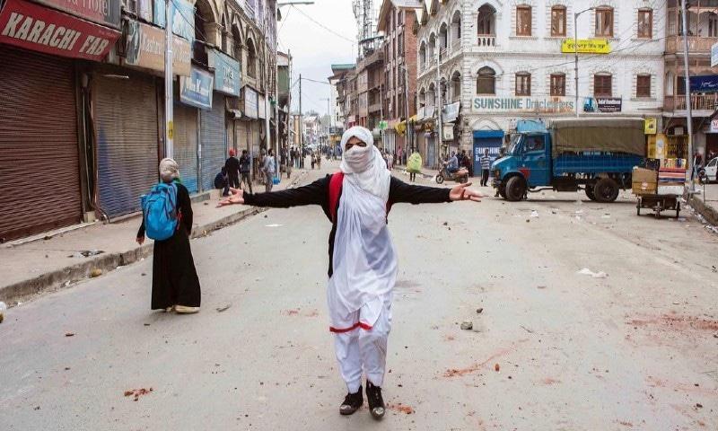 بھارتی فوج کے مظالم دنیا کے سامنے پیش کرنے پر کشمیری خاتون صحافی کیلئے ایوارڈ