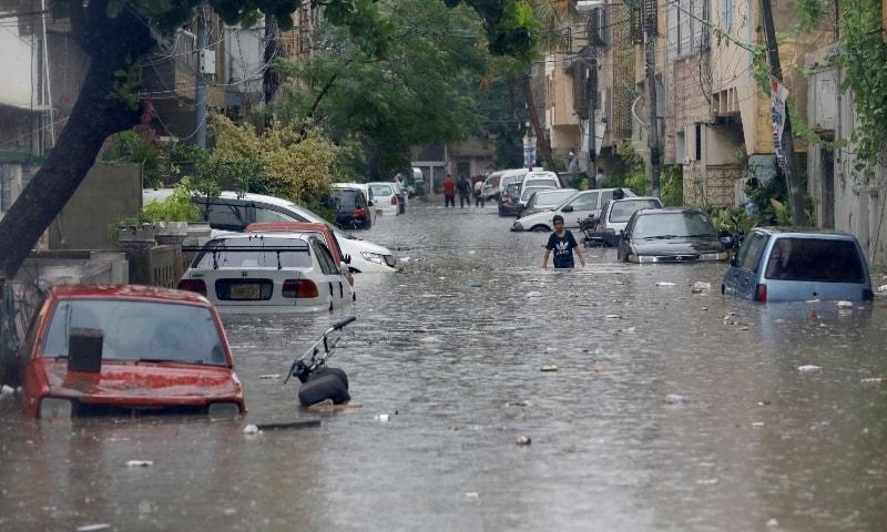 4 dead, roads submerged as incessant monsoon rains lash Karachi for second day