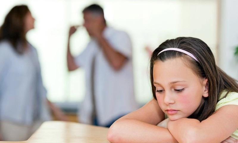 والدین کی طلاق کس قدر بچوں کو متاثر کرتی ہے ؟