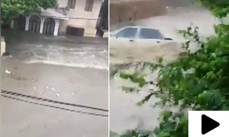 کراچی میں طوفانی بارش نے تباہی مچادی
