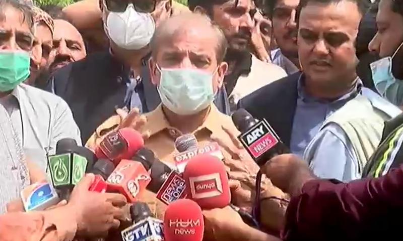 شہباز شریف کی کراچی آمد، بارش سے متاثرہ علاقوں کا دورہ
