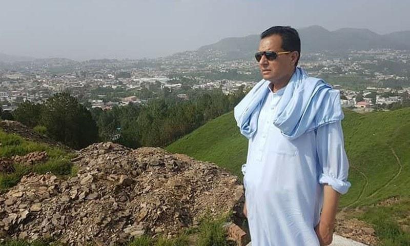 مسلم لیگ (ن) کے رہنما عدالت میں پیش ہوئے تھے — فائل فوٹو: فیس بک پیج
