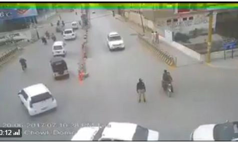 A screengrab from the CCTV footage which showed a vehicle belonging to Majeed Achakzai rammed into a traffic warden in Quetta in June 2017.
