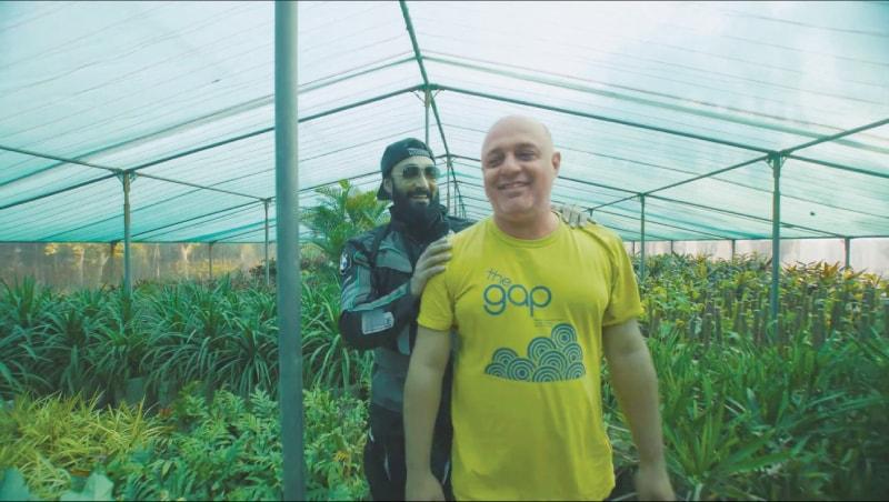 Umair Jaswal rides with Ali Azmat in Easypaisa Raahi