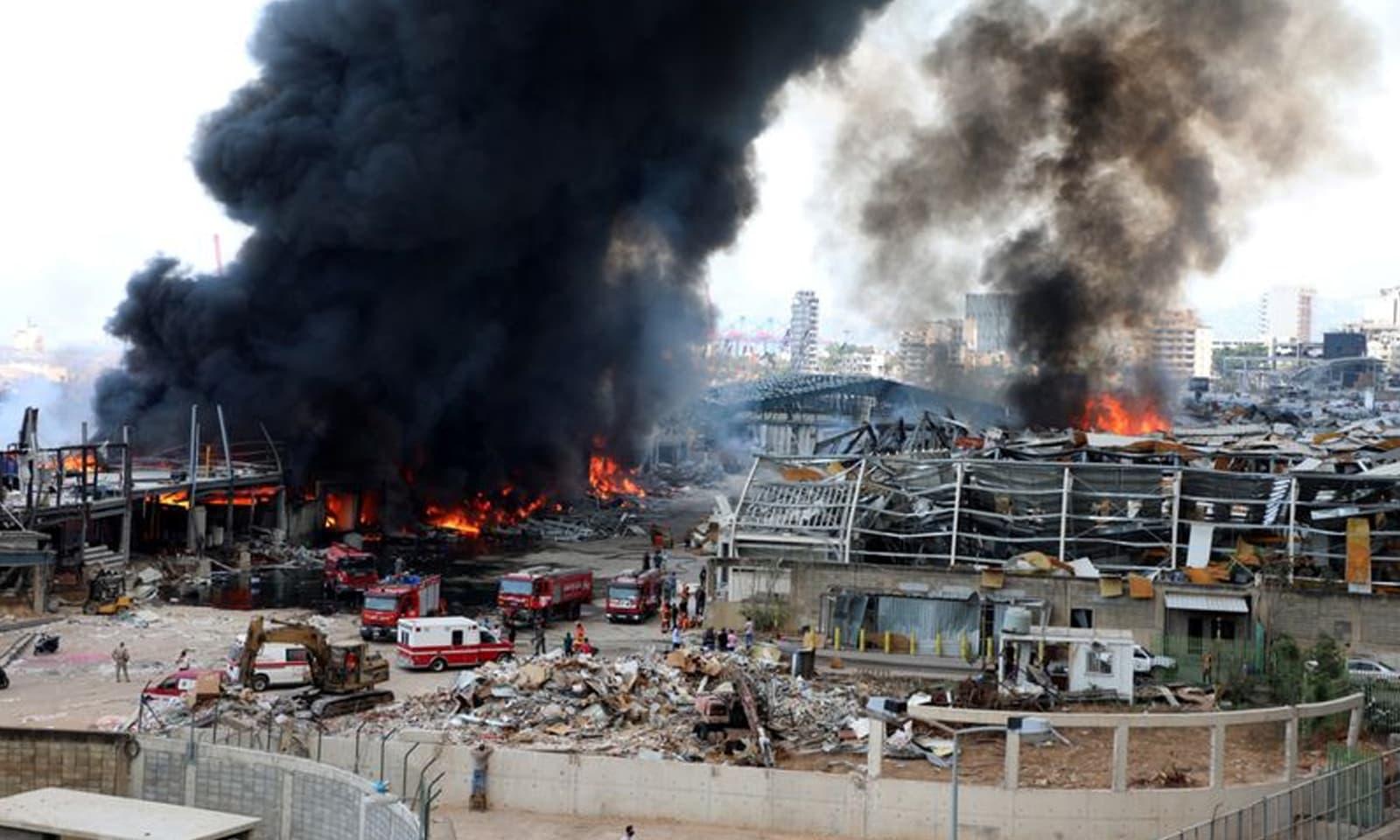 آتشزدگی کی وجوہات فوری طور پر واضح نہیں ہوسکیں —فوٹو: رائٹرز