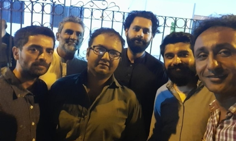 Express Tribune journalist Bilal Farooqi after being released by police early on Saturday.  — Photo courtesy Sameer Mandhro Twitter