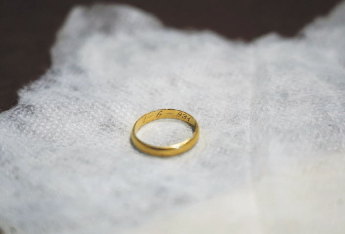 EL ESPINAR (Spain): The wedding ring is seen during the exhumation of a mass grave by the Association for Recovery of Historical Memory.—Reuters