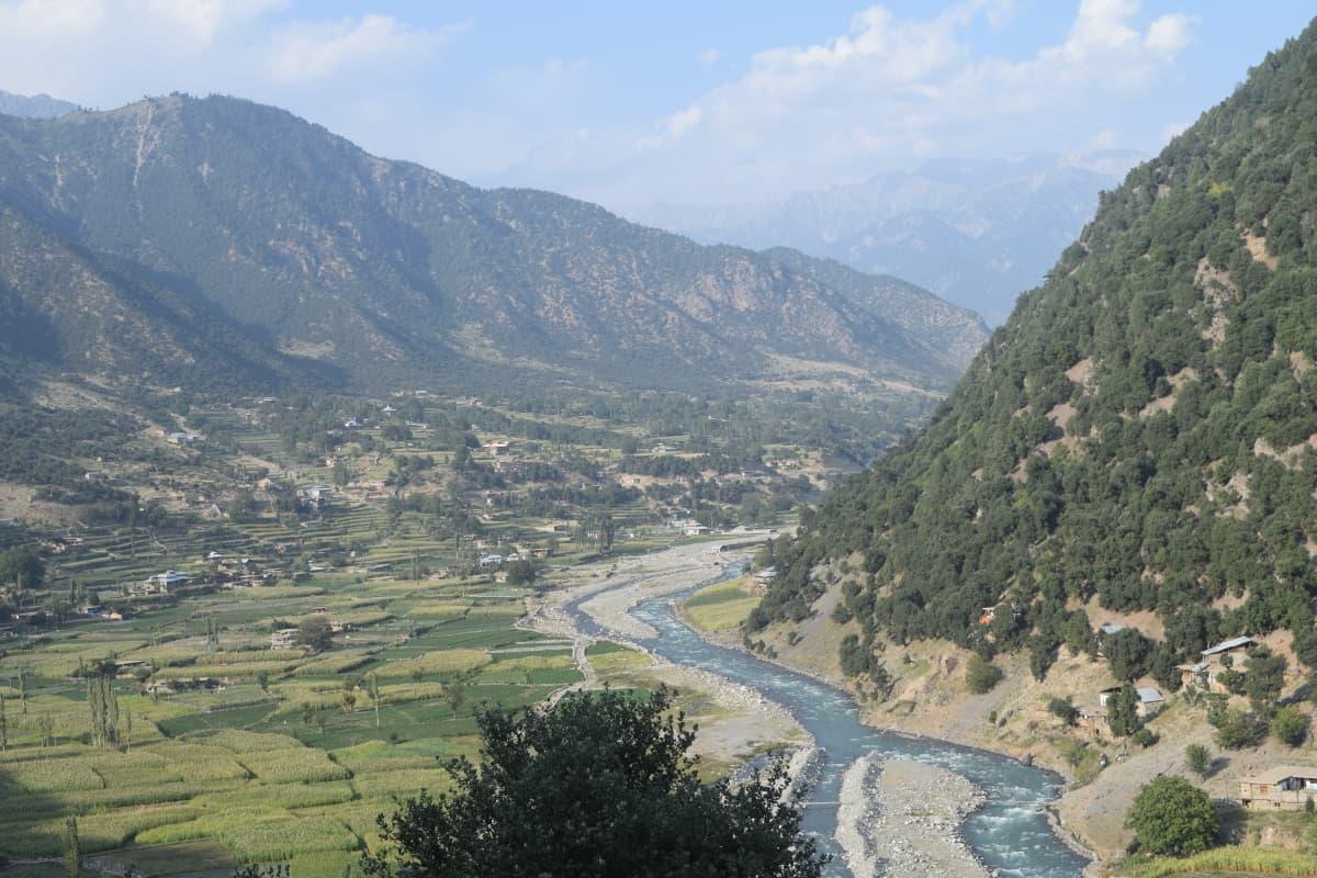 Shiringal — on the way to Kumrat.