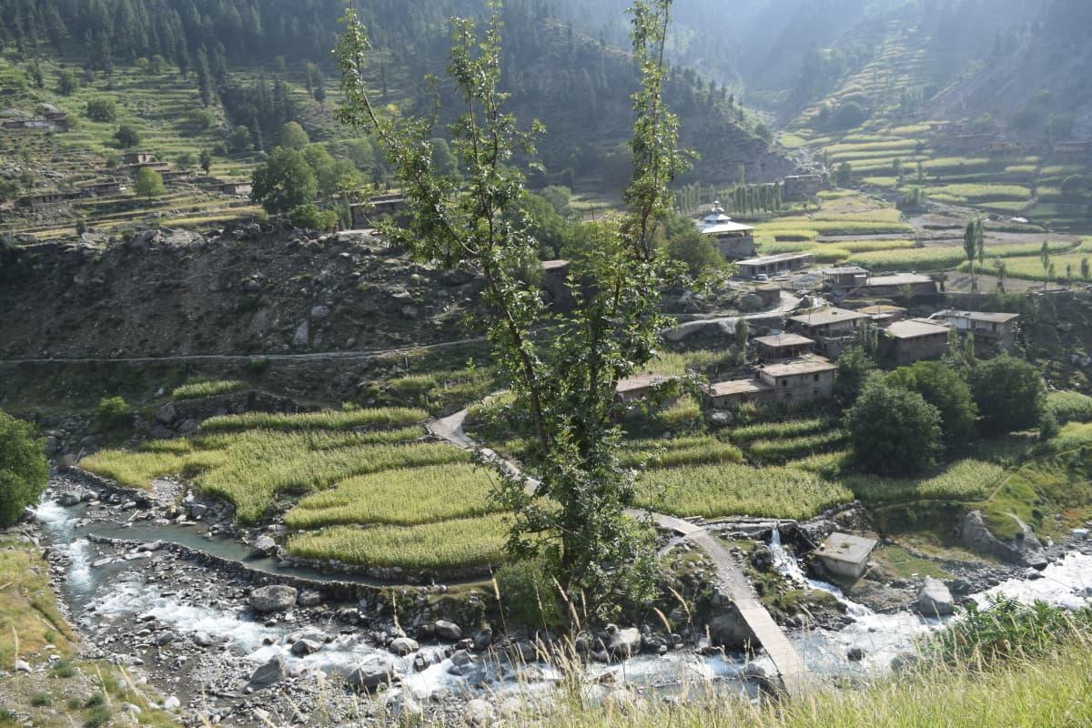 A village on the way to Jahaz Banda.
