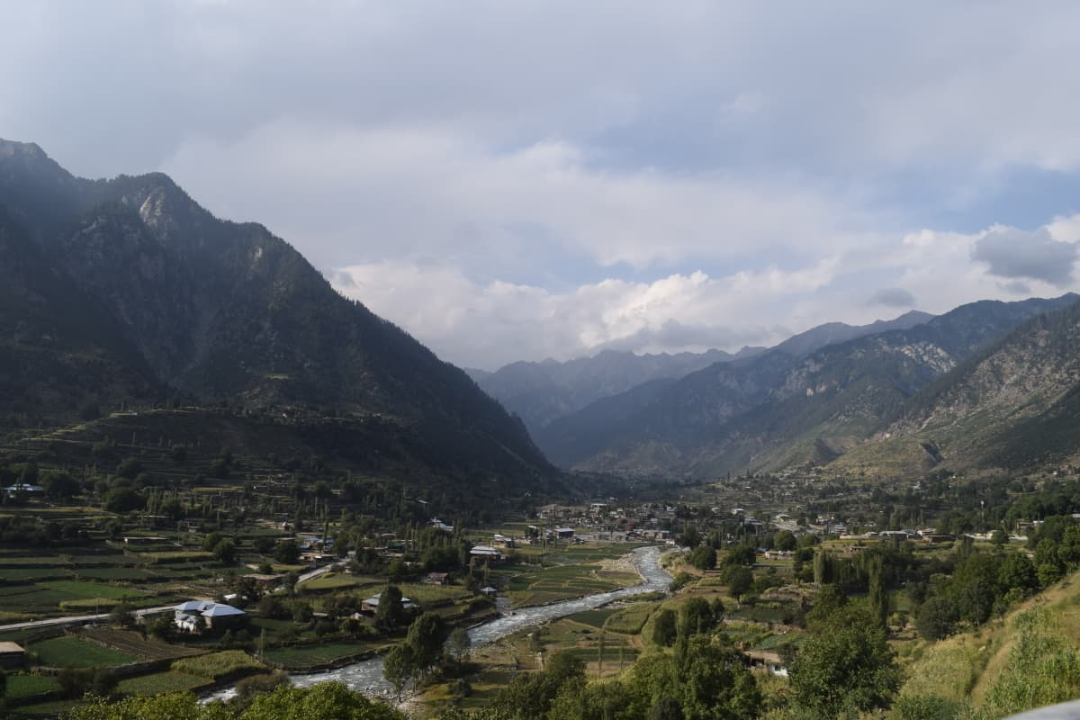View of a valley on the way.