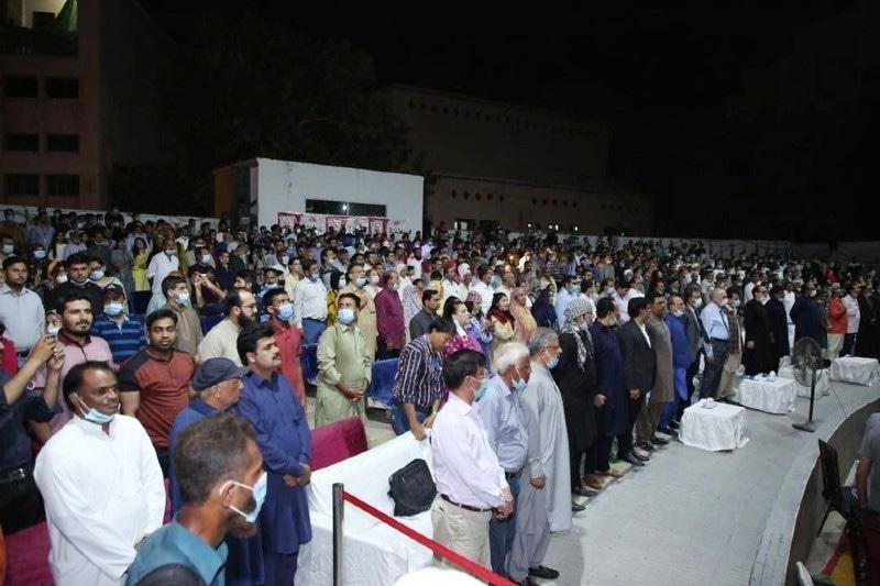 افتتاحی تقریب میں بھی لوگوں کی بہت بڑی تعداد نے شرکت کی—فوٹو: کراچی آرٹس کونسل فیس بک