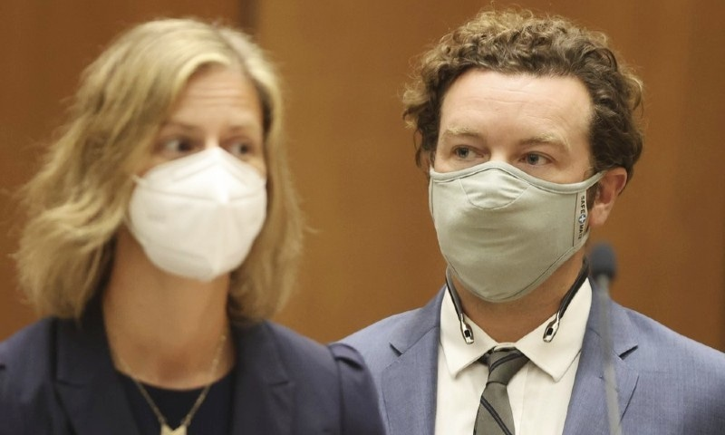 ہولی وڈ اداکار ڈینی ماسٹرسن کا 'ریپ' الزامات تسلیم کرنے سے انکار