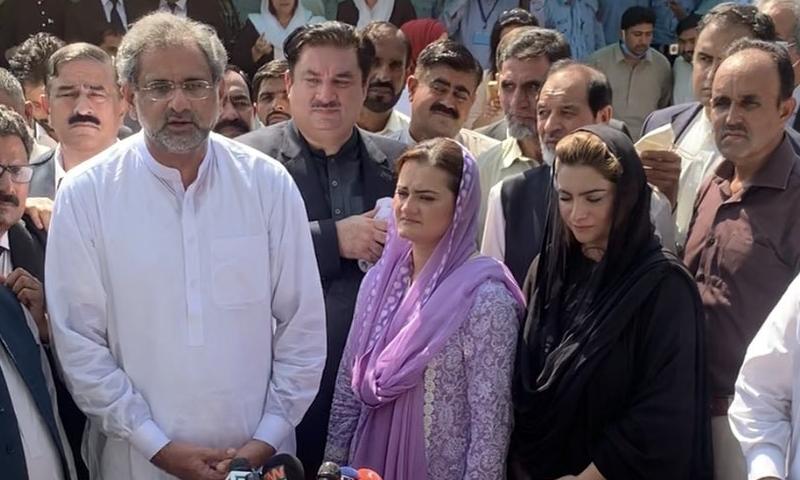 مسلم لیگ (ن) کی رکن قومی اسمبلی نے واقعے سے لا تعلقی کا اظہار کردیا — فوٹو:عائشہ رجب ٹوئٹر
