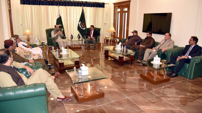 Balochistan Chief Minister Jam Kamal Khan Alyani meets  Azad Jammu and Kashmir Prime Minister Farooq Haider at the CM Secretariat. — Photo courtesy: Alyani Twitter