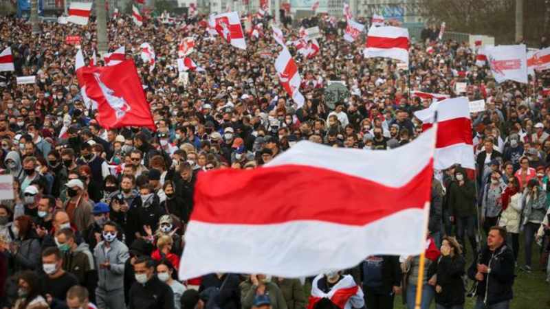 Over 100000 march in Belarus against authoritarian leader