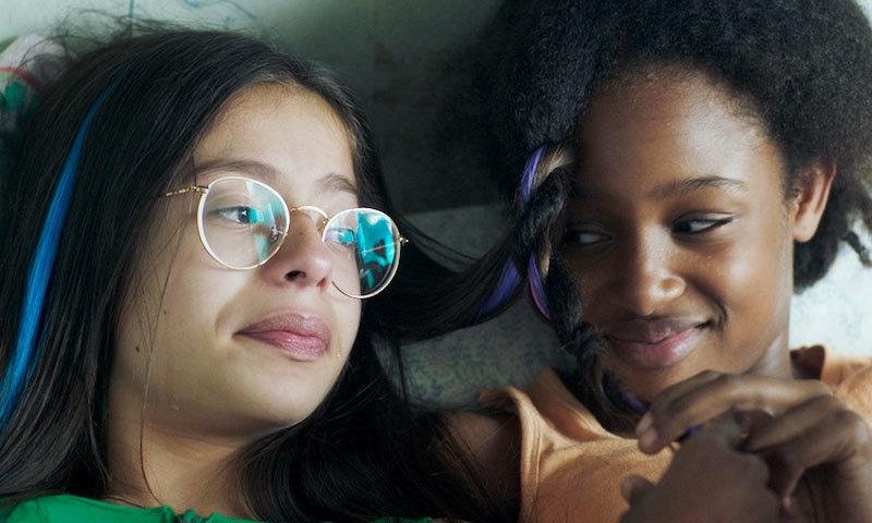 'نیٹ فلیکس' کو متنازع فلم پر فوجداری مقدمے کا سامنا