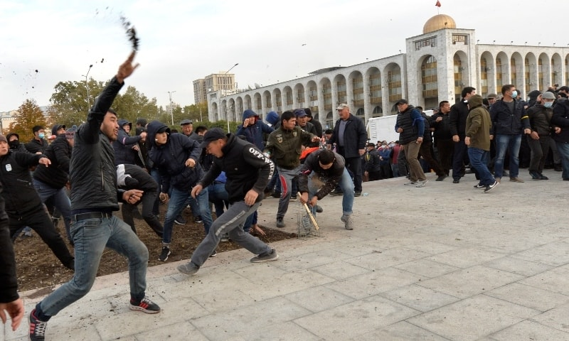 Protesters clash in Kyrgyzstan as President Jeenbekov says `ready to resign`