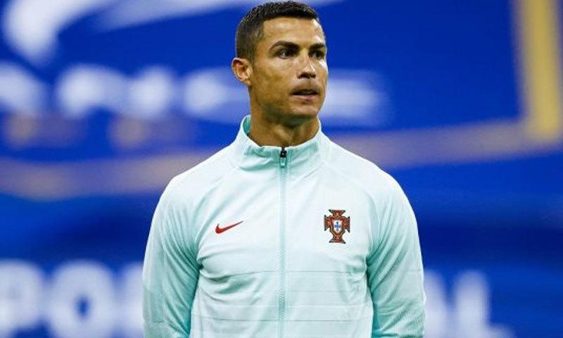 معروف فٹبالر کرسٹیانو رونالڈو بھی کورونا کا شکار ہوگئے