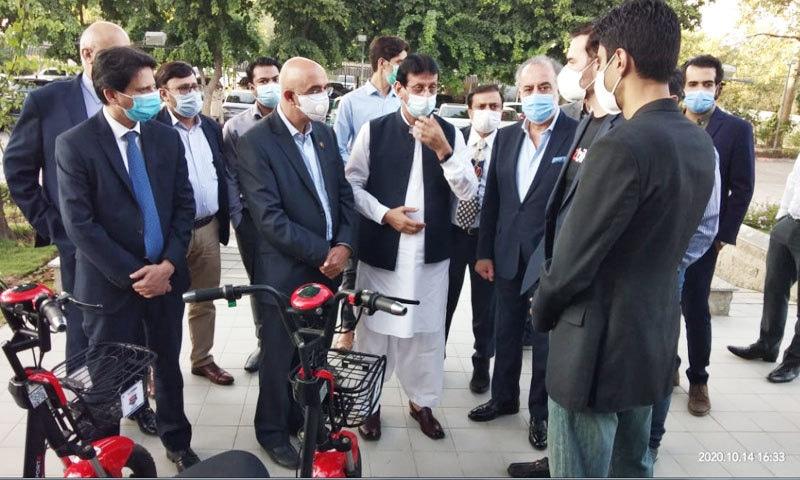افتتاحی تقریب میں وفاقی وزرا اور اہم حکومتی عہدیداروں نے شرکت کی—فوٹو: رومر ٹیکنالوجیز