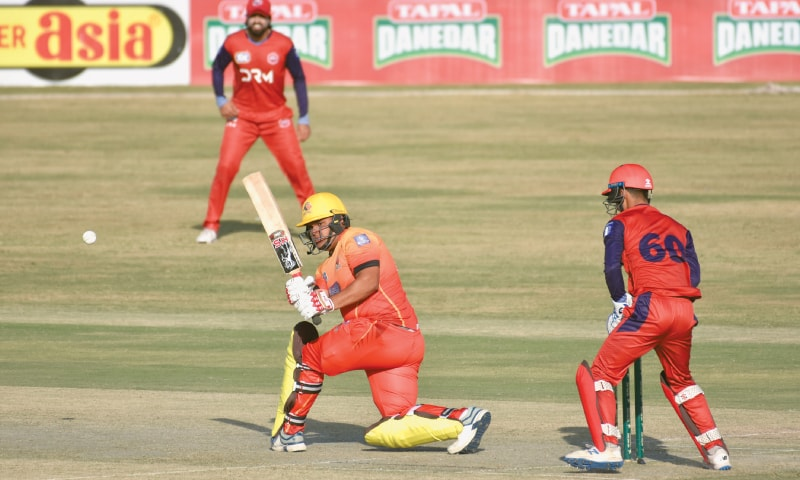 RAWALPINDI: Sindh's Azam Khan slog sweeps during his whirlwind 88-run knock against Northern in the National T20 Cup fixture at the Pindi Cricket Stadium on Wednesday.—Tanveer Shahzad/White Star