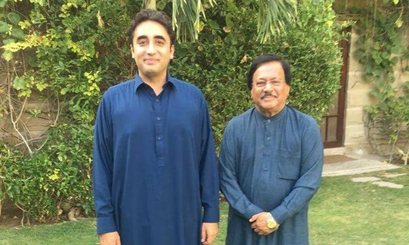Late PPP leader Rashid Rabbani is seen with party chief Bilawal Bhutto-Zardari at Bilawal House, Karachi. — Photo courtesy PPP Facebook