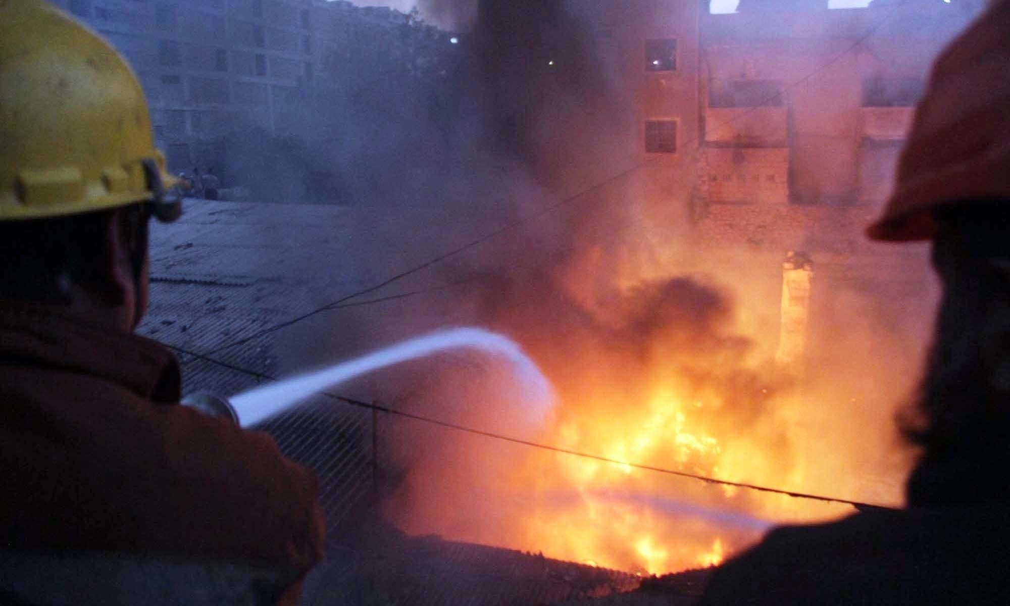 کراچی: سائٹ ایریا میں ٹینک کی صفائی کے دوران زہریلی گیس سے 6 مزدور ہلاک