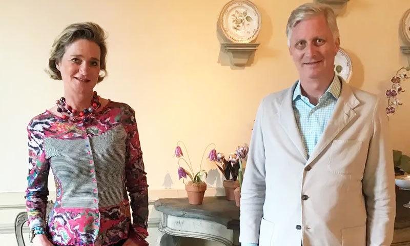 بیلجیم: آرٹسٹ سے شہزادی بننے والی خاتون کی بادشاہ سے ملاقات