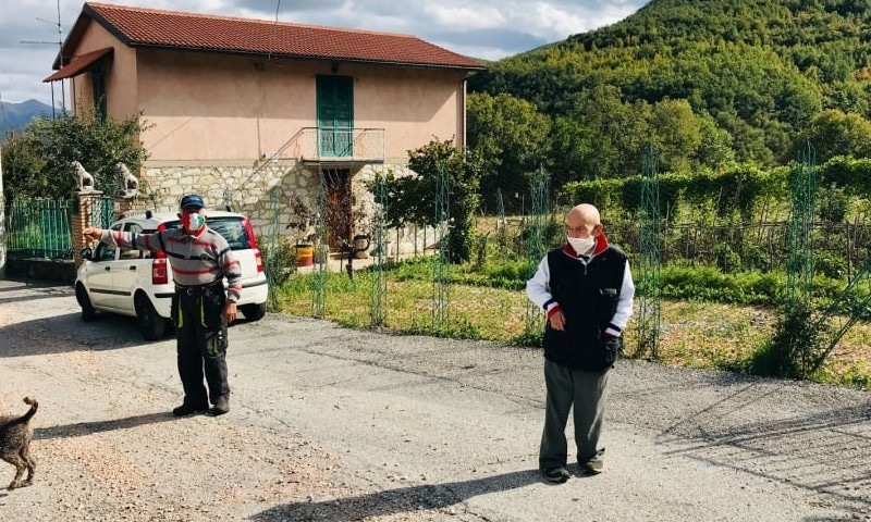 وہ انوکھا قصبہ جہاں صرف 2 لوگ مقیم، مگر فیس ماسک پہننا نہیں بھولتے