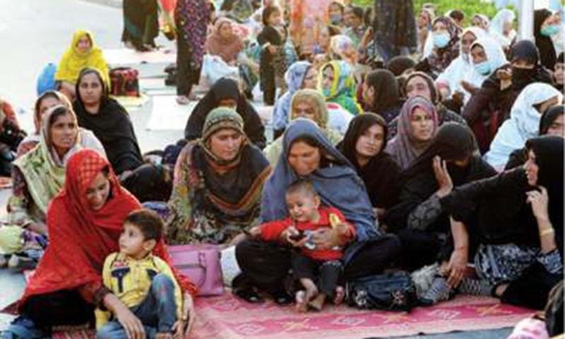 LHWs undeterred despite lack of facilities, govt attention