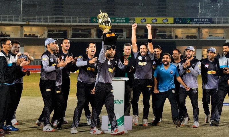خیبرپختونخوا کی ٹیم نے سدرن پنجاب کو 10 رنز سے شکست دے کر فتح اپنے نام کی—تصویر: پی سی بی