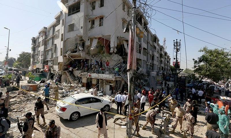 دھماکے کے بعد کا منظر—فوٹو: اے پی