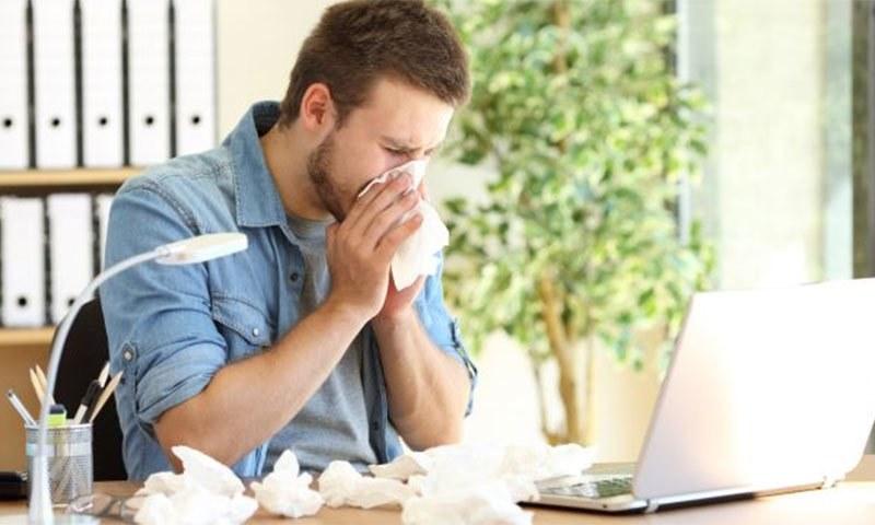 کورونا وائرس کے مریض کتنے وقت تک بیماری کو آگے پھیلا سکتے ہیں؟