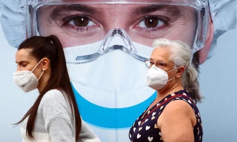کیا فیس ماسک کا استعمال کورونا وائرس سے سو فیصد تحفظ فراہم کرتا ہے؟