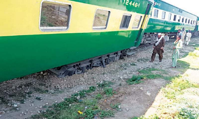 A locomotive of Karachi-bound Awam express derailed at about 11am after it entered the yard area of Khairpur Railway Station in Sindh. — Dawn/File