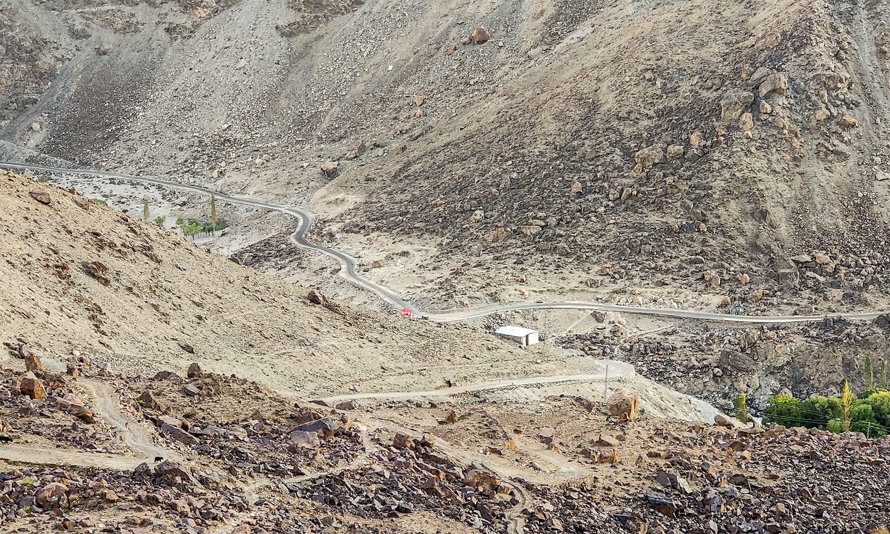 کارگل روڈ کا منظر