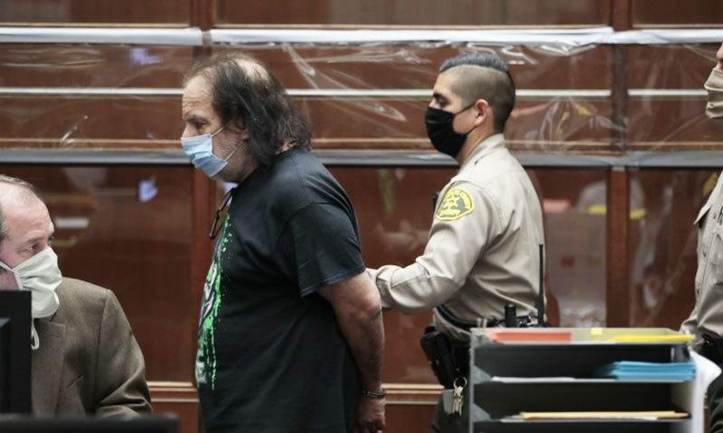 2 ہزار فلموں میں کام کرنے والے اداکار پر 'ریپ' کے 7 الزامات عائد