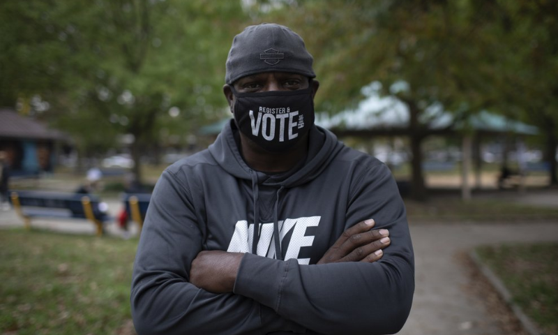 Philly shooting brings policing, racism back into campaign