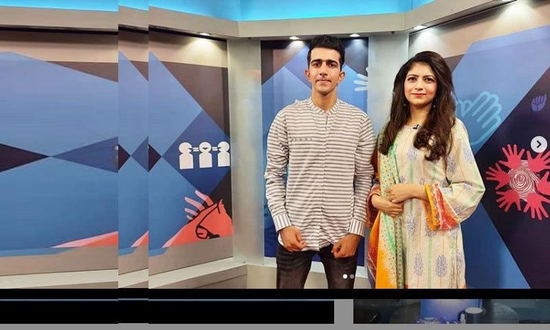 قوت سماعت و گویائی سے محروم پہلے پاکستانی ولاگر کا ٹی وی پر پروگرام