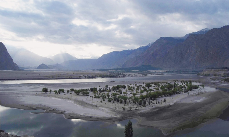 River Indus passing through Skardu, Baltistan  | Photo by the writer