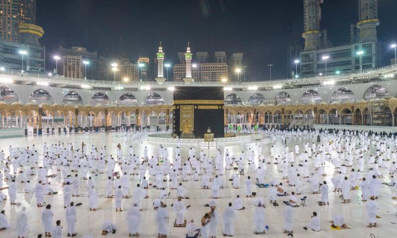 عمرے کی ادائیگی کیلئے 10 ہزار غیر ملکی عازمین سعودی عرب پہنچ گئے