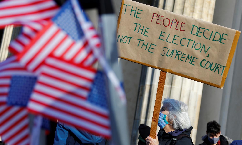 امریکی صدارتی انتخاب: ٹرمپ اور بائیڈن میں کانٹے کا مقابلہ